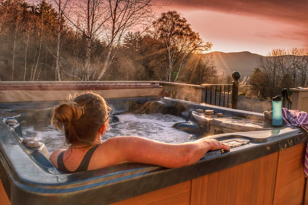 A hot tub with a view in Pownal, Vermont