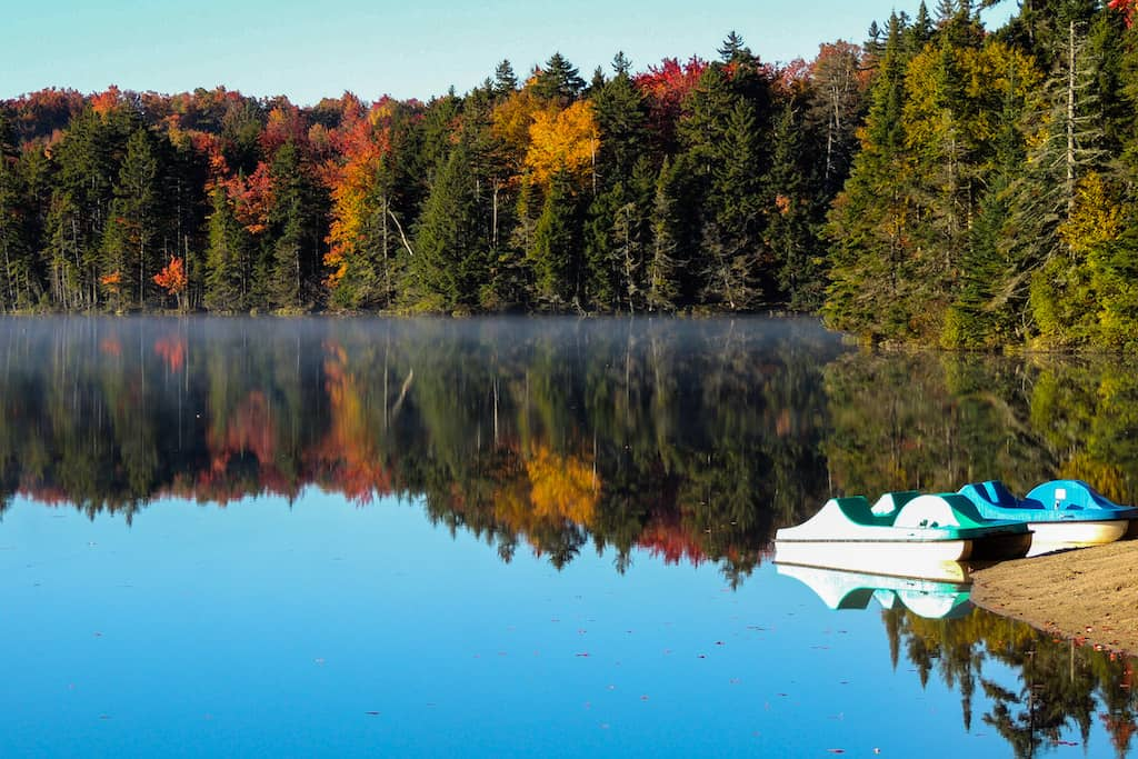 An autumn view of the lake in Woodford State Park in Vermont.
