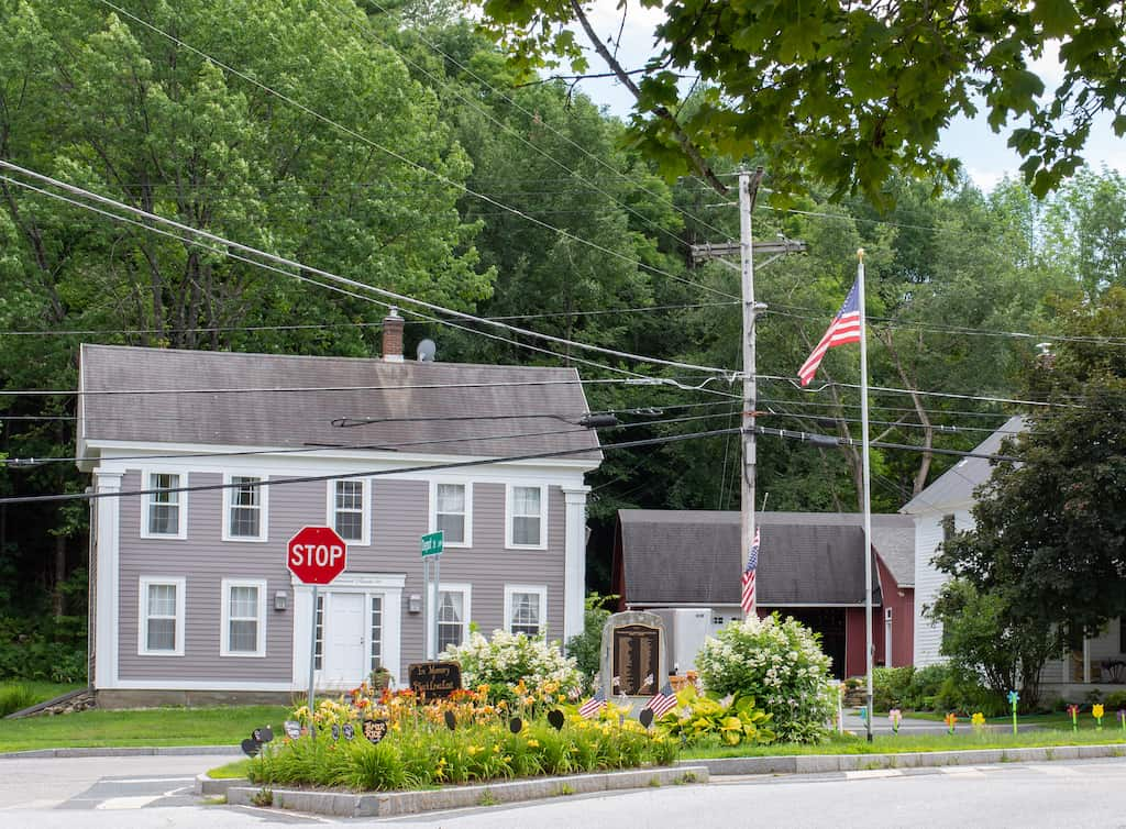 The village of Jamaica Vermont on a summer day.