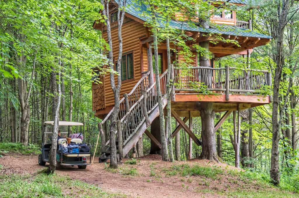 Summer view of Moose Meadow Treehouse at Moose Meadow Lodge in Waterbury, Vermont.